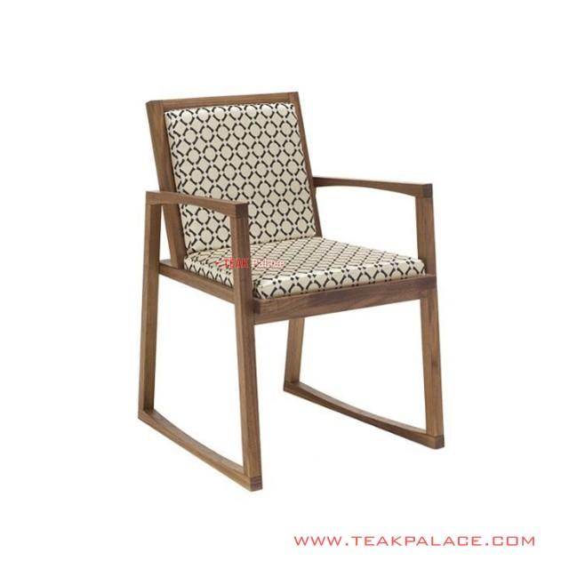Saili Unique Terrace Chair Minimalist